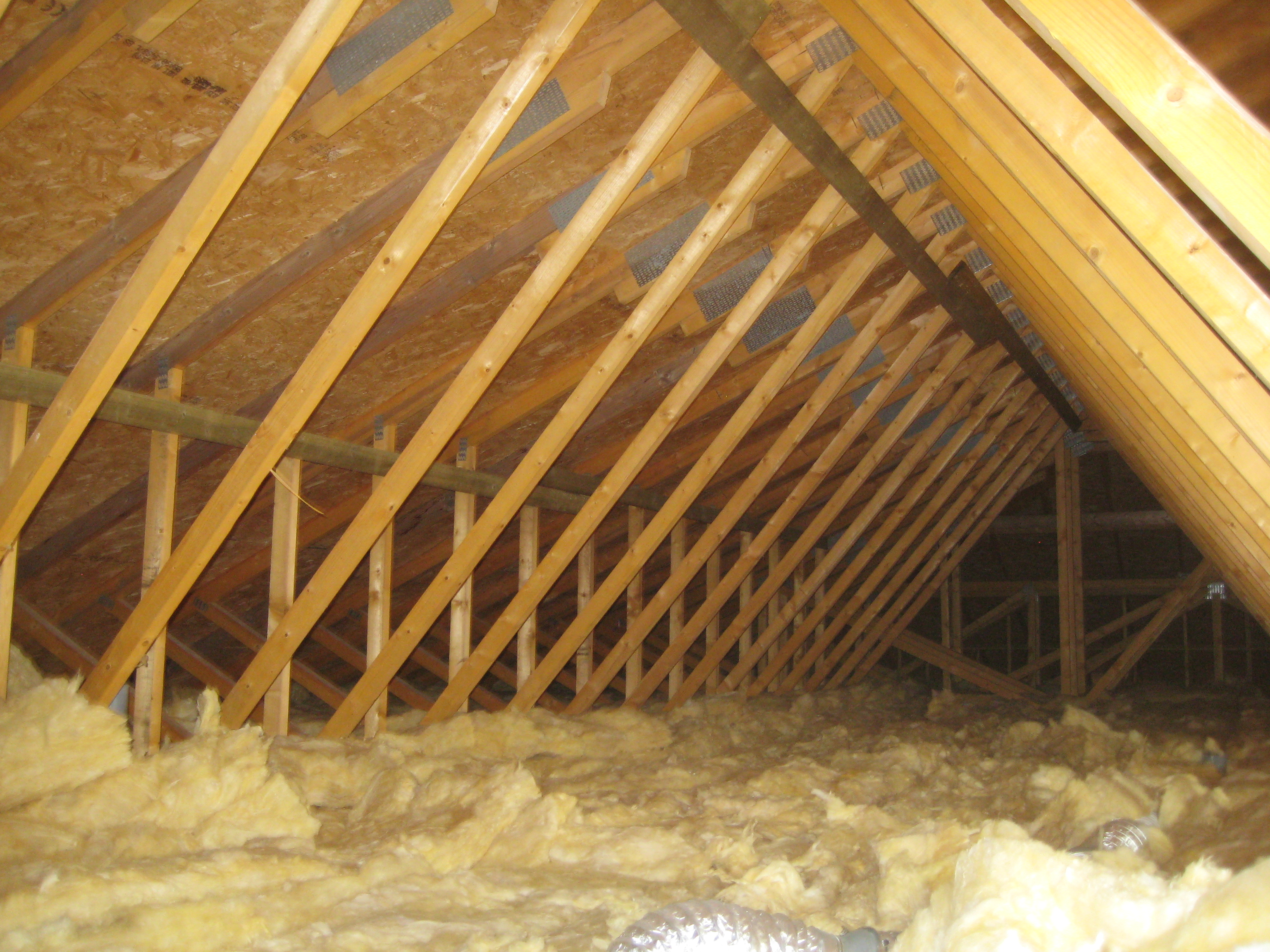 Loft Insulation to reduce heat loss